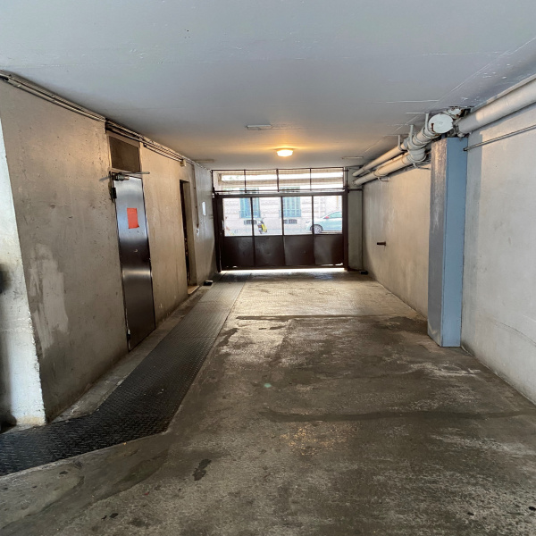 Offres de location Garage Nice 06300